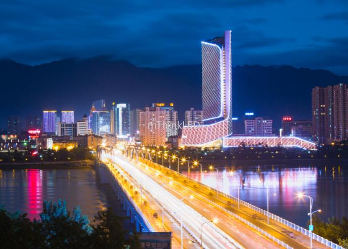 杭州富春江励骏酒店LED亮化工程